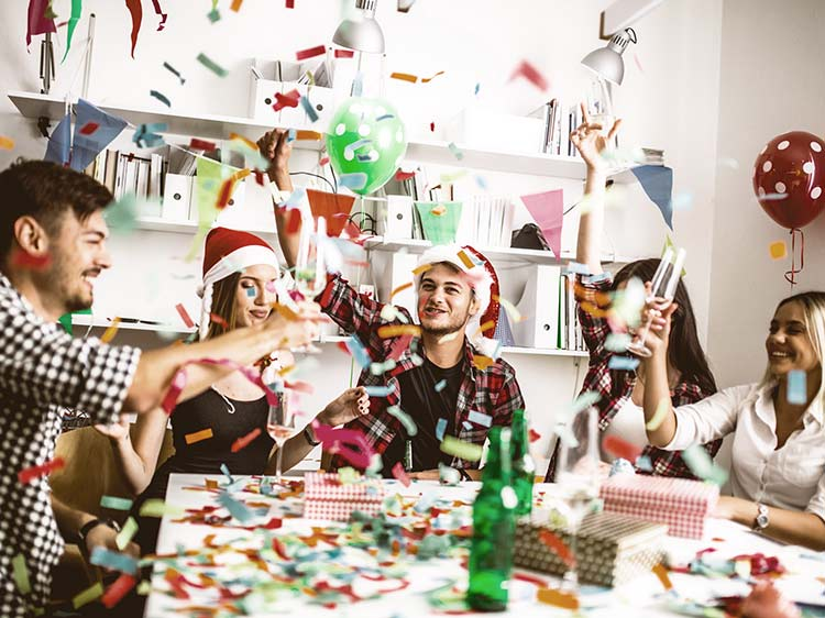 Office holiday party do's and don'ts
