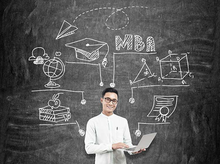 How to juggle a full-time job while getting your MBA
