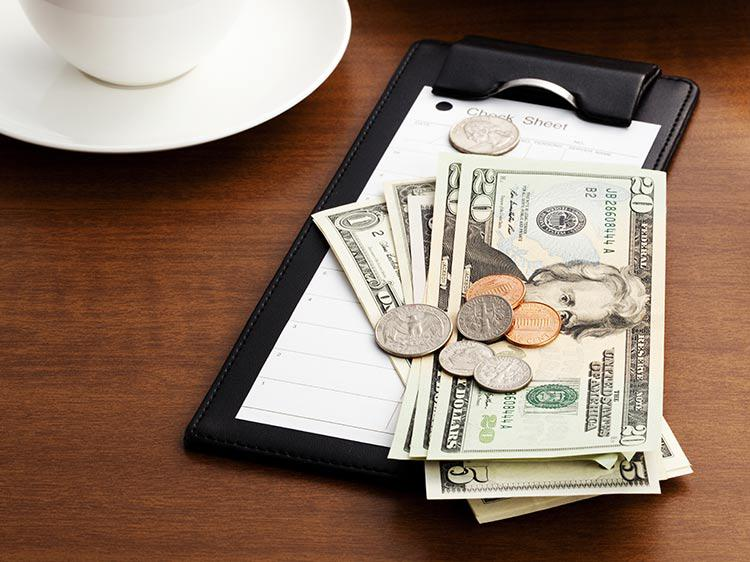 New Study Shows When Waiters Earn The Best Tips Monster Com