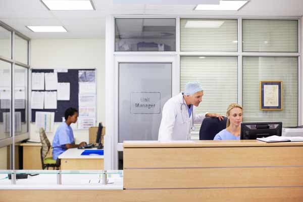 7 Administrative Healthcare Jobs and Salaries